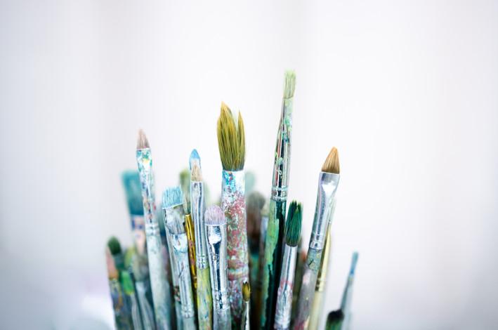 bigstock-Various-Dirty-Paintbrushes-On--