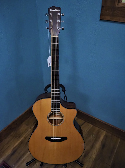 Breedlove Pursuit Concerto