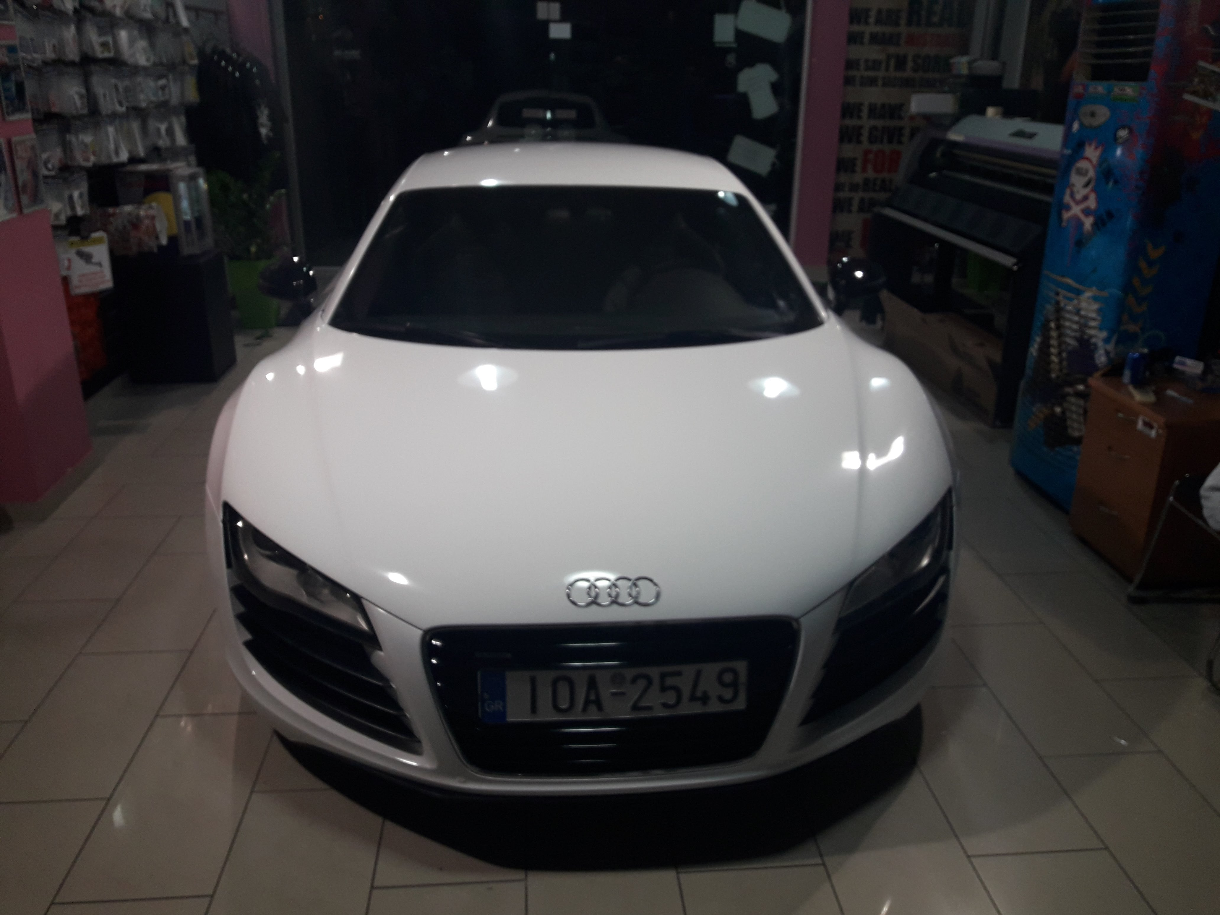 Audi R8 White Gloss