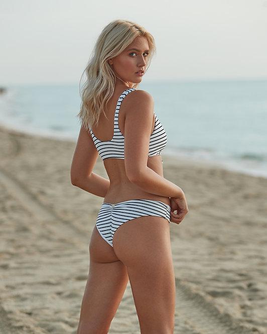 cheeky bikini bottoms fine line beach bunny @karamilner
