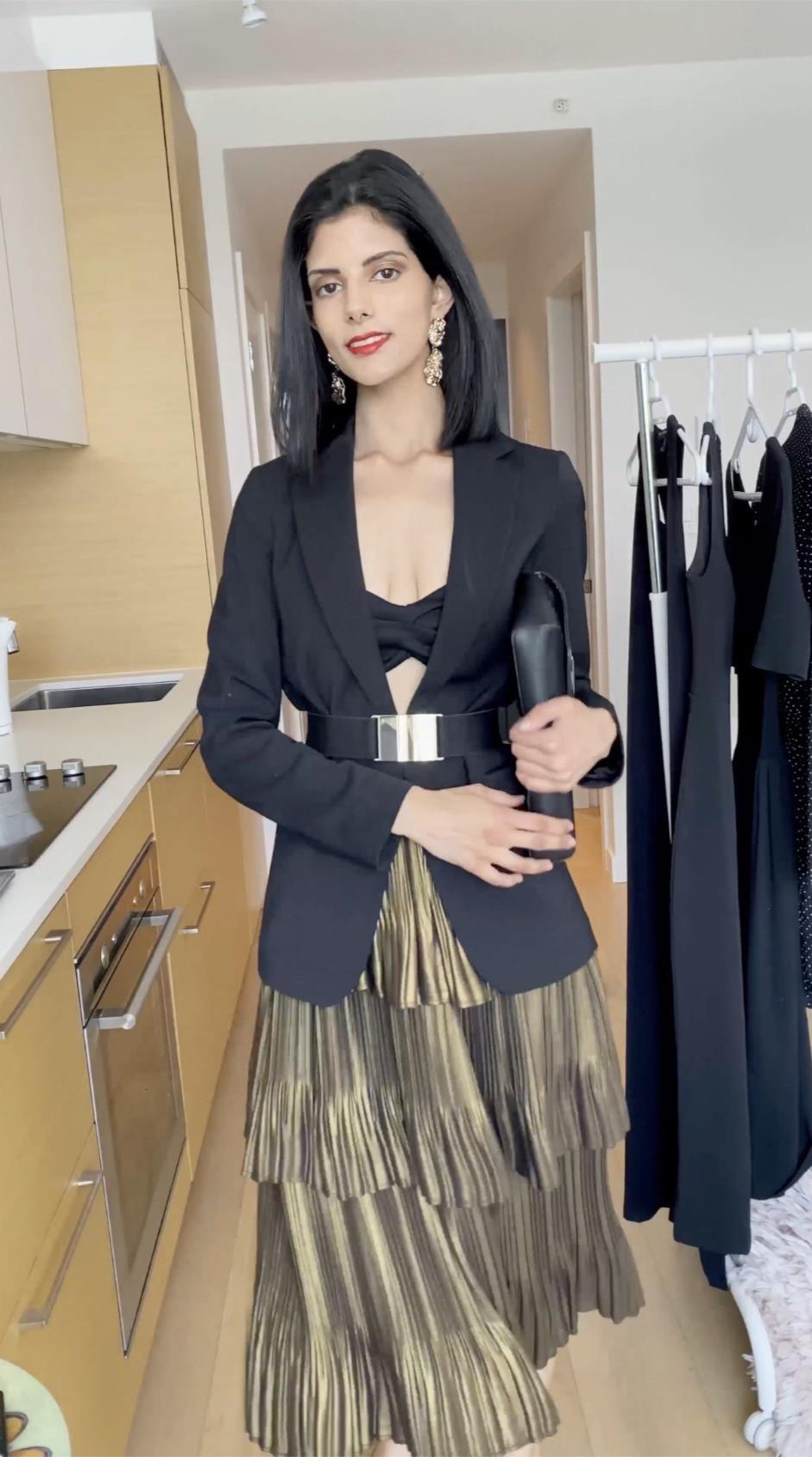 bandeau bikini top black pearl goddess pilyq Nimrit Sandhu