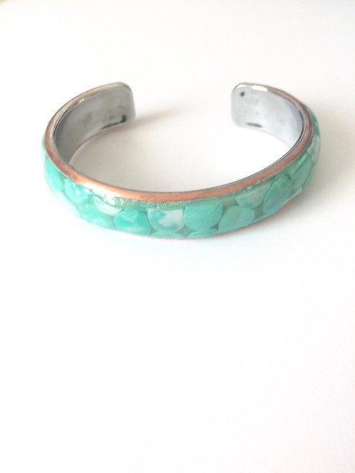 Bracelet en pâte polymère vert pastel