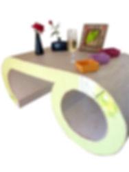 Table de salon en carton