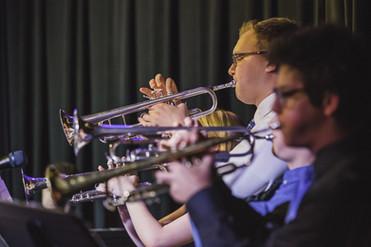 057 EVJCNASH - Justin and trumpet sectio
