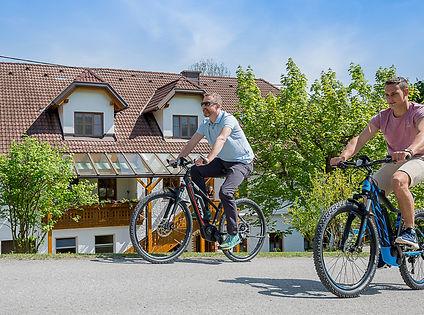E-Bikes am Ferienhof Pfaffenlehen