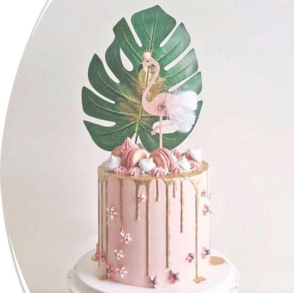 THROW SOCIAL PARTY CAKE.jpg