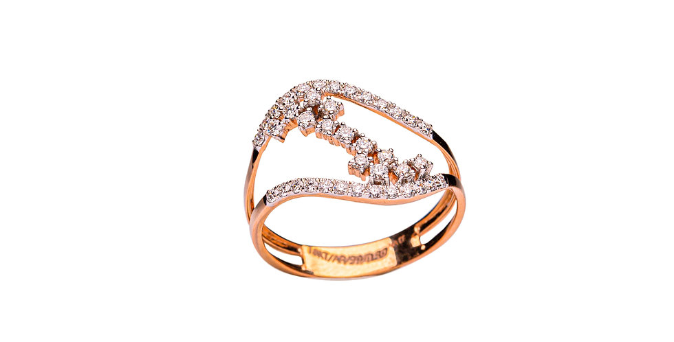 Diamond Ring For Women In Yellow gold
