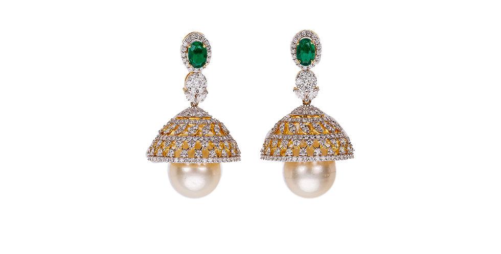 Diamond Studded Jhumka Gold Earring
