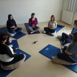 Cours de yoga pour femmes enceintes