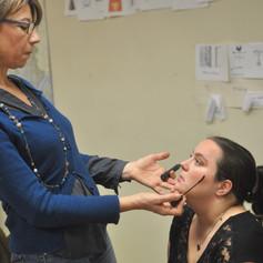 Socio-esthétique : atelier maquillage pour jeunes en réinsertion