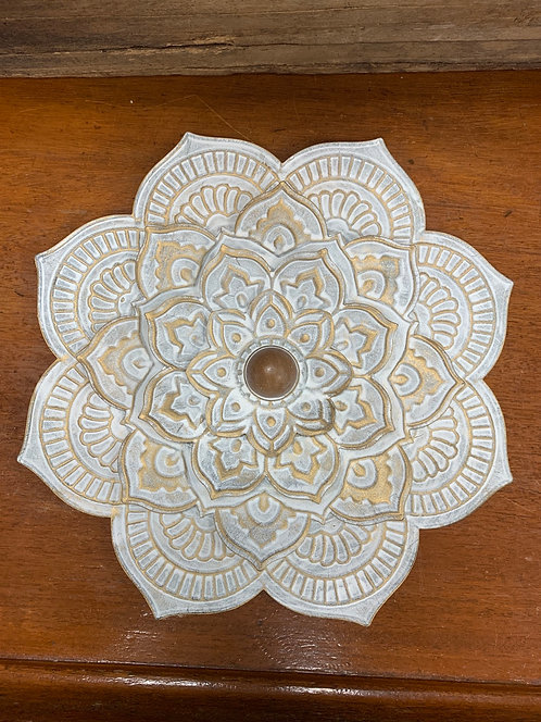 Cottage Metal Wall Flower