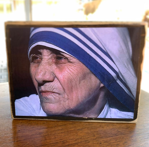 "St. Teresa of Calcutta (Mother Teresa)  7""h x 5.5""w"