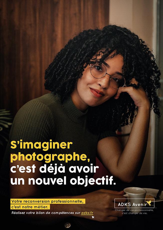 Jeune femme photographe
