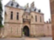 L'entrée du château de La Palice