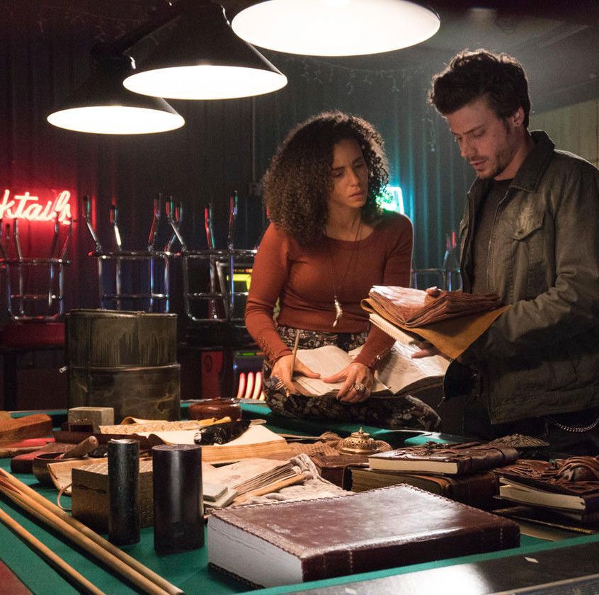 MIDNIGHT_TEXAS_--__Riders_on_the_Storm__Episode_109_--_Pictured-_(l-r)_Parisa_Fitz-Henley_as_Fiji,_Francois_Arnaud_as_Manfred_--_(Photo_by-_…_Karen_Kuehn_NBC___2017_NBCUniversal_Media,_LLC