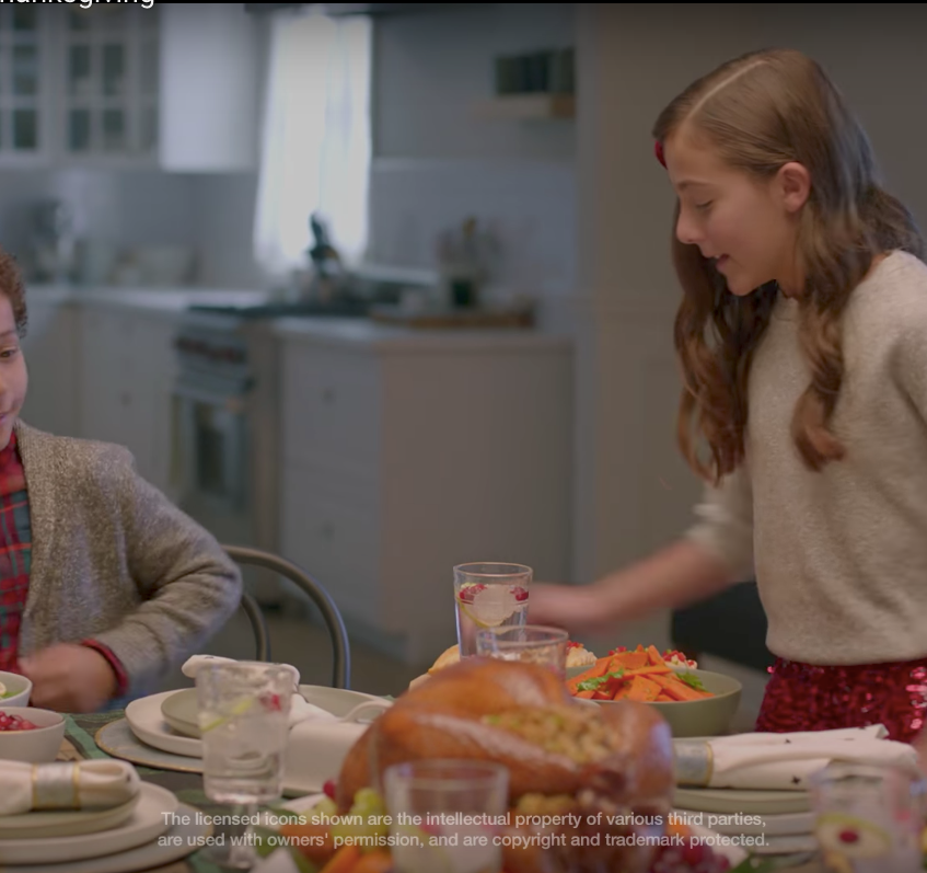 Target Holiday Commercial 007