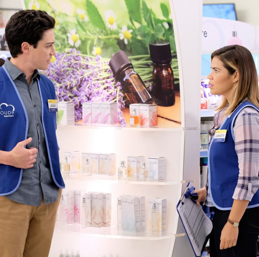 SUPERSTORE -- _Part-Time Hires_ Episode 303 -- Pictured- (l-r) Ben Feldman as Jonah, America Ferrera as Amy -- (Photo by Tyler Golden_NBC)