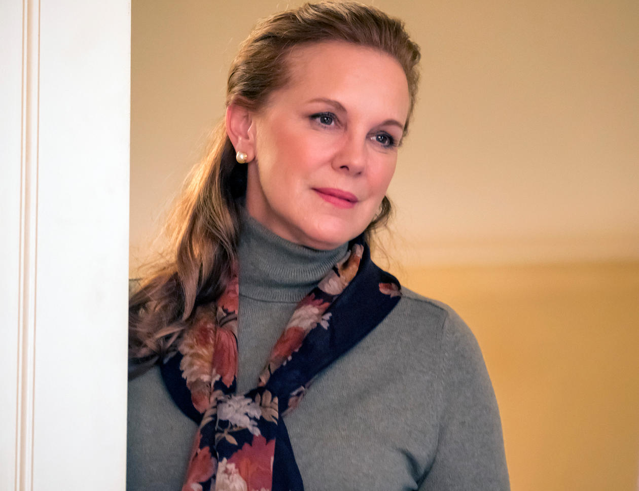 THIS IS US -- _Still There_ Episode 204 -- Pictured- Elizabeth Perkins as Janet Malone