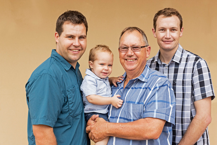 kat_family_0050.jpg