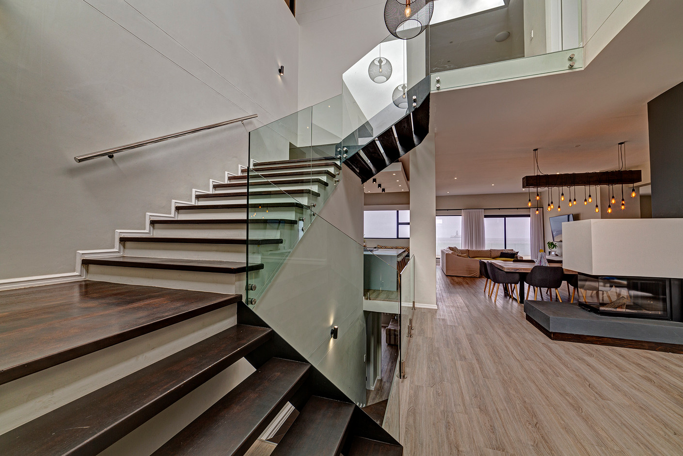 Long Beach House_0007.jpg