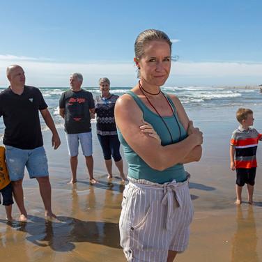 On the beach_0016.jpg