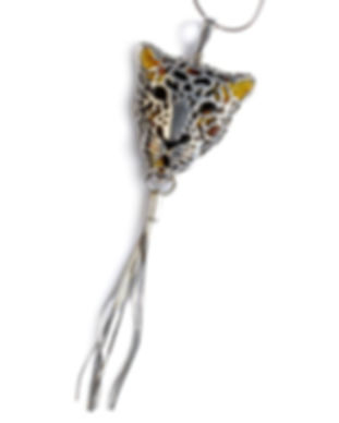 bw-050-stu-amber_silver_leopard_pendant_