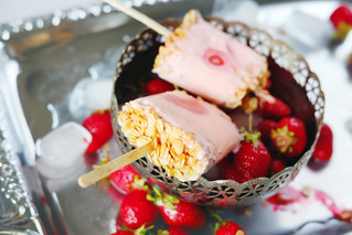 Strawberry Yogurt Popsicles with Granola and Honey