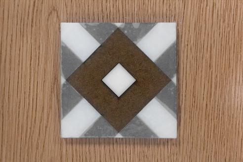 hydra_wet-tile-smallerjpg