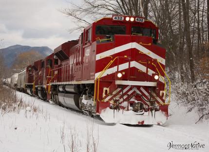 Train a comin' down the tracks