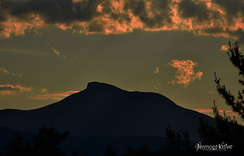 Camel's Hump Says Goodnight