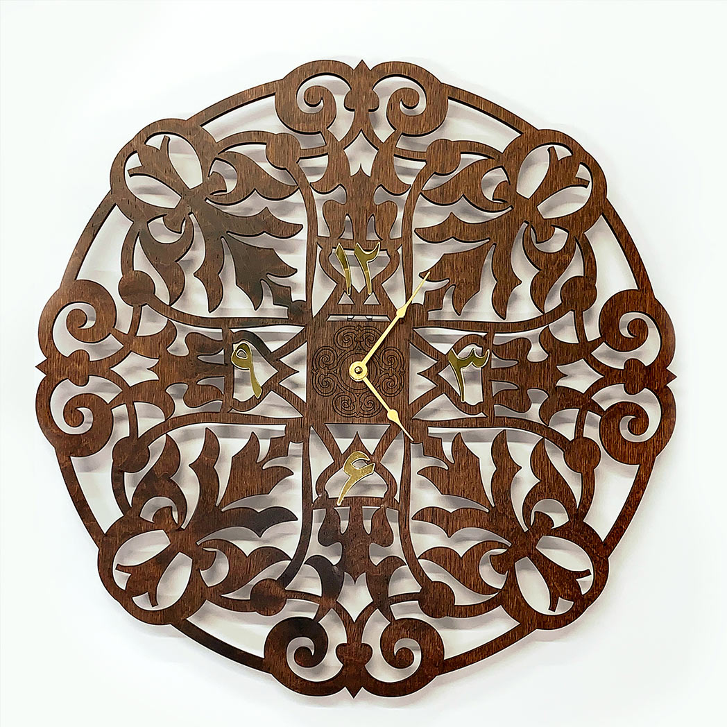 Decorative-wooden-clock