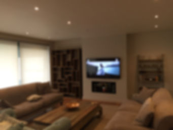 Lounge Blinds & TV.jpg