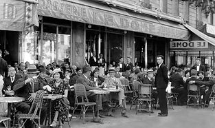 Le café du Dôme - Paris - 1920.jpg
