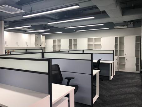楊協成香港公司裝修完工。