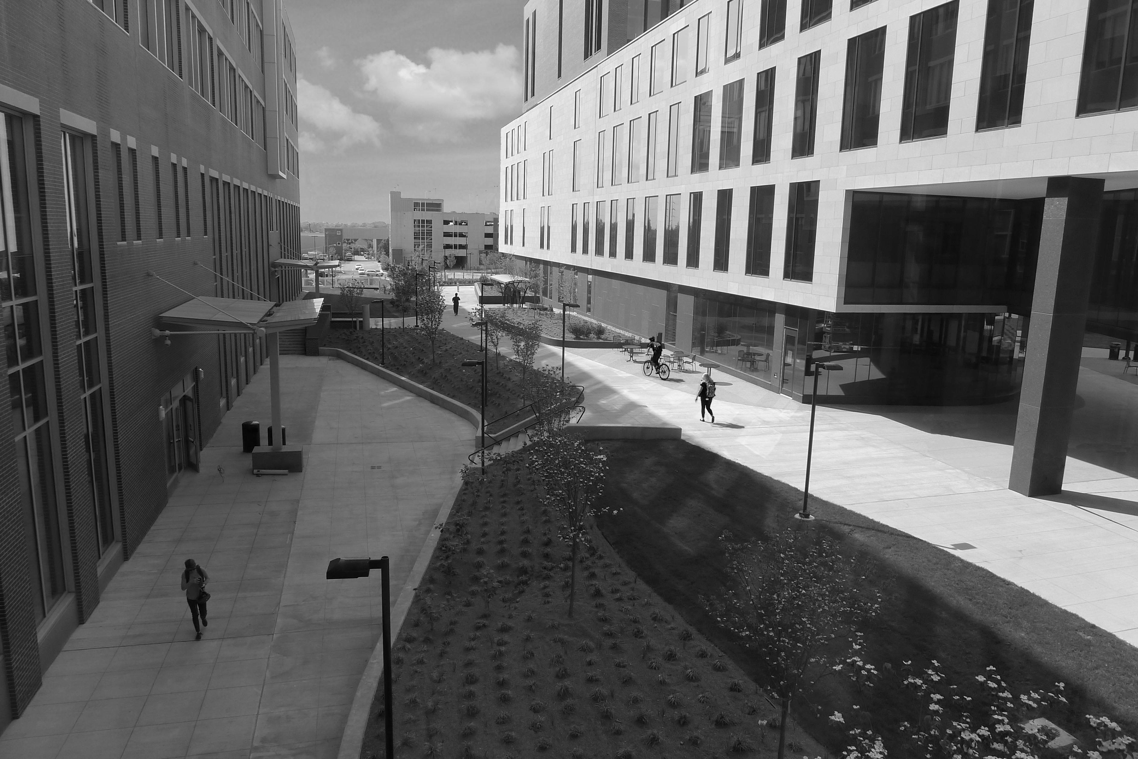 UK - Research Building II