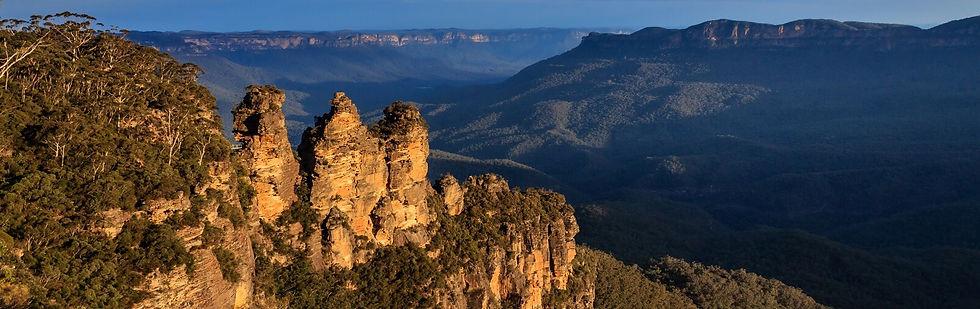 Blue-Mountains-Three-Sisters-Australian-