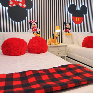 MICKEY AND MINNIE MOUSE BEDROOM