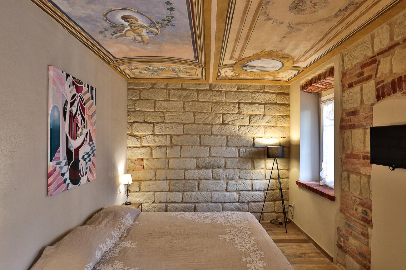 Room Nebbiolo