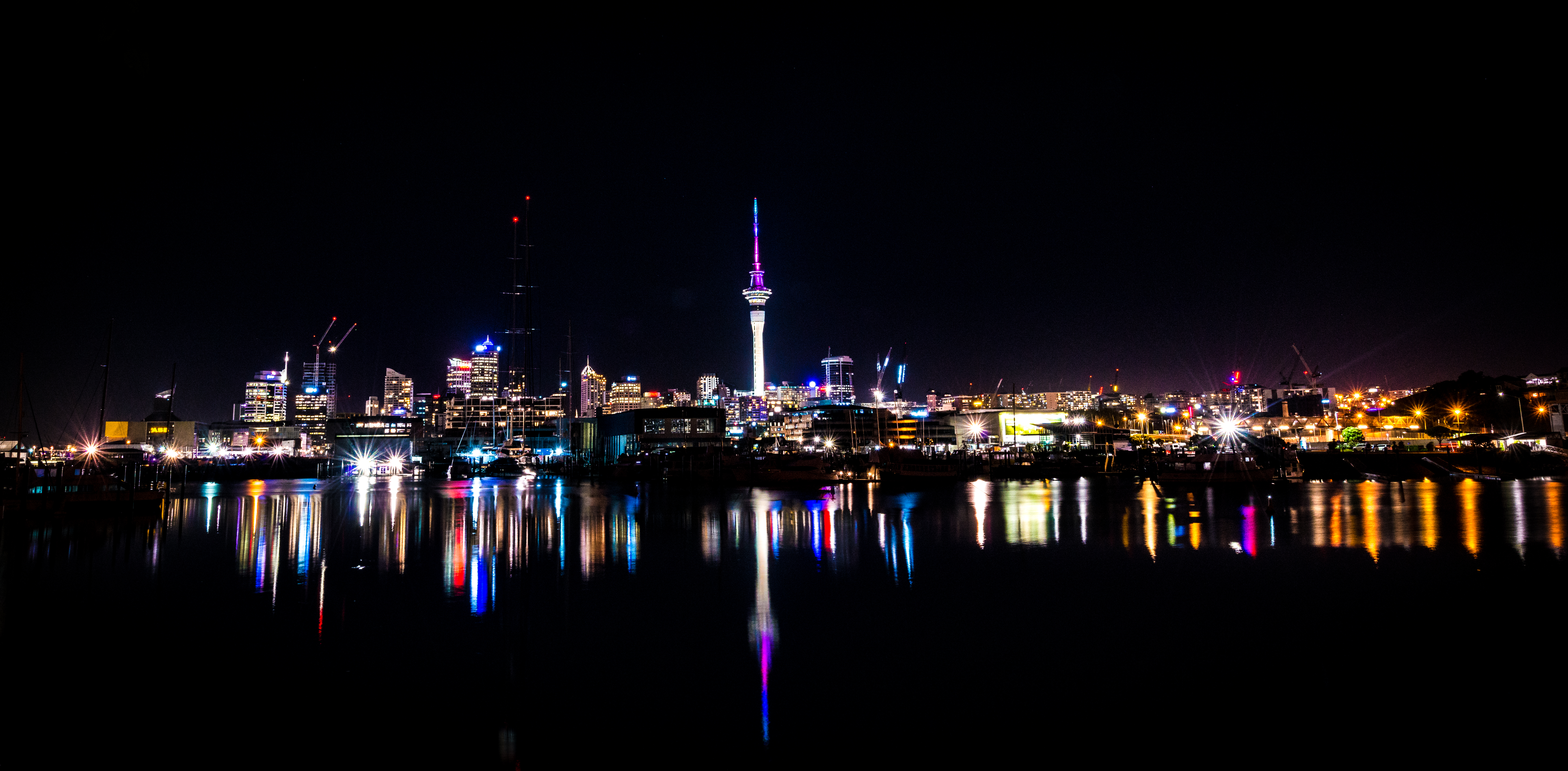 Auckland Skyline - Night