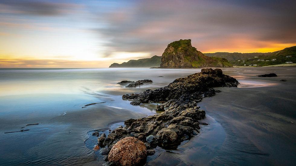 Piha Beach - Sunrise-North Island - New Zealand