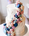 Such a cute two-tier cake with cascading