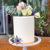 This beautiful wedding cake is so elegan