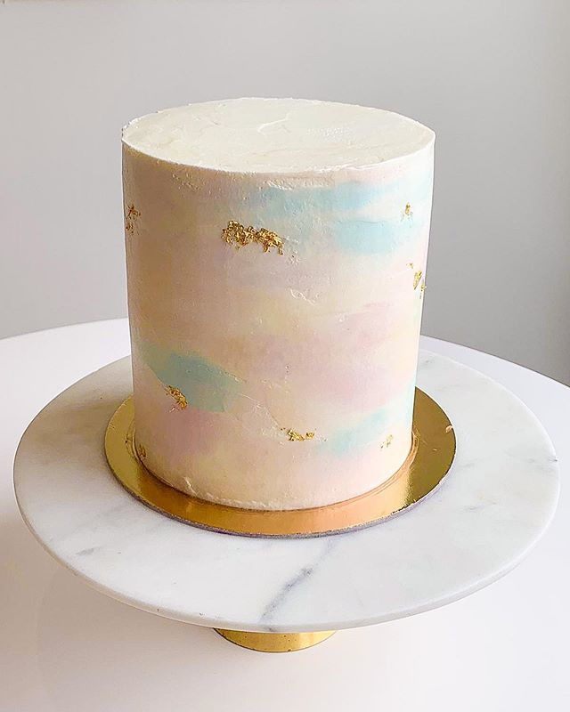 Another simple watercolor cake, with sub