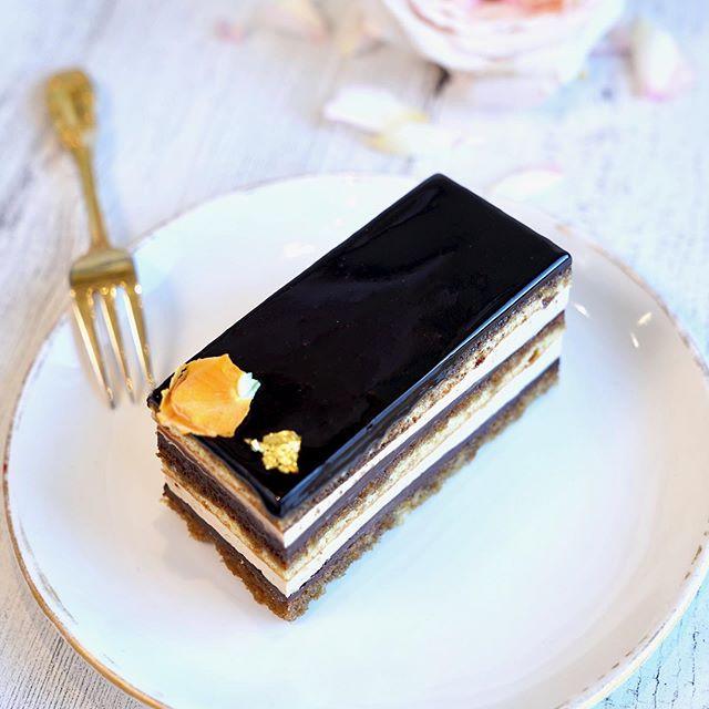 Opera Cake looking sharp ✨ We're open un