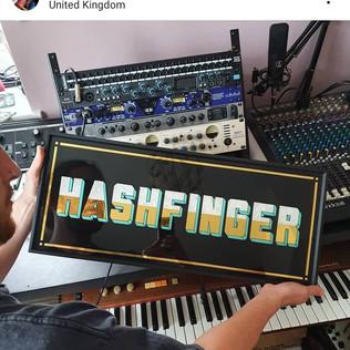 HASHFINGER 3.jpg