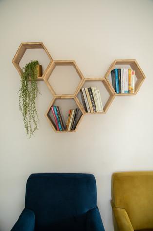 ספריית עץ תלויה