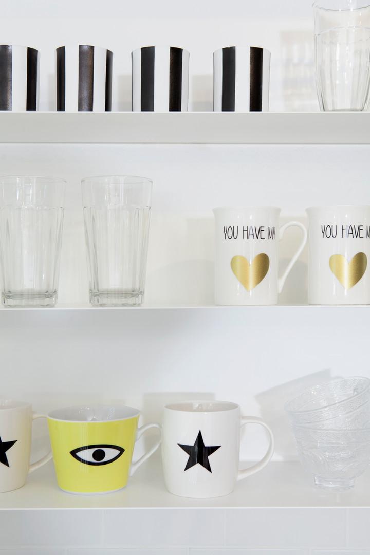 תצוגת כלים במטבח