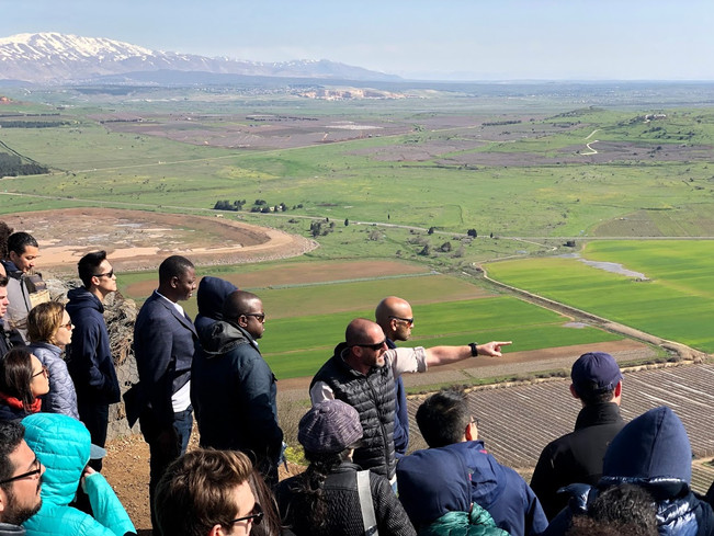 Security briefing along the Syrian border