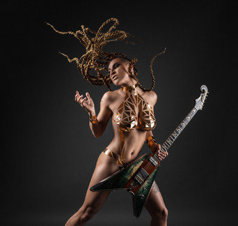 Tereza Rays, extra Electric Lady