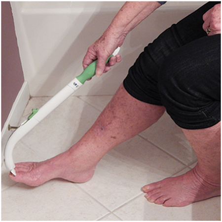 Wash between toes with FreedomWand